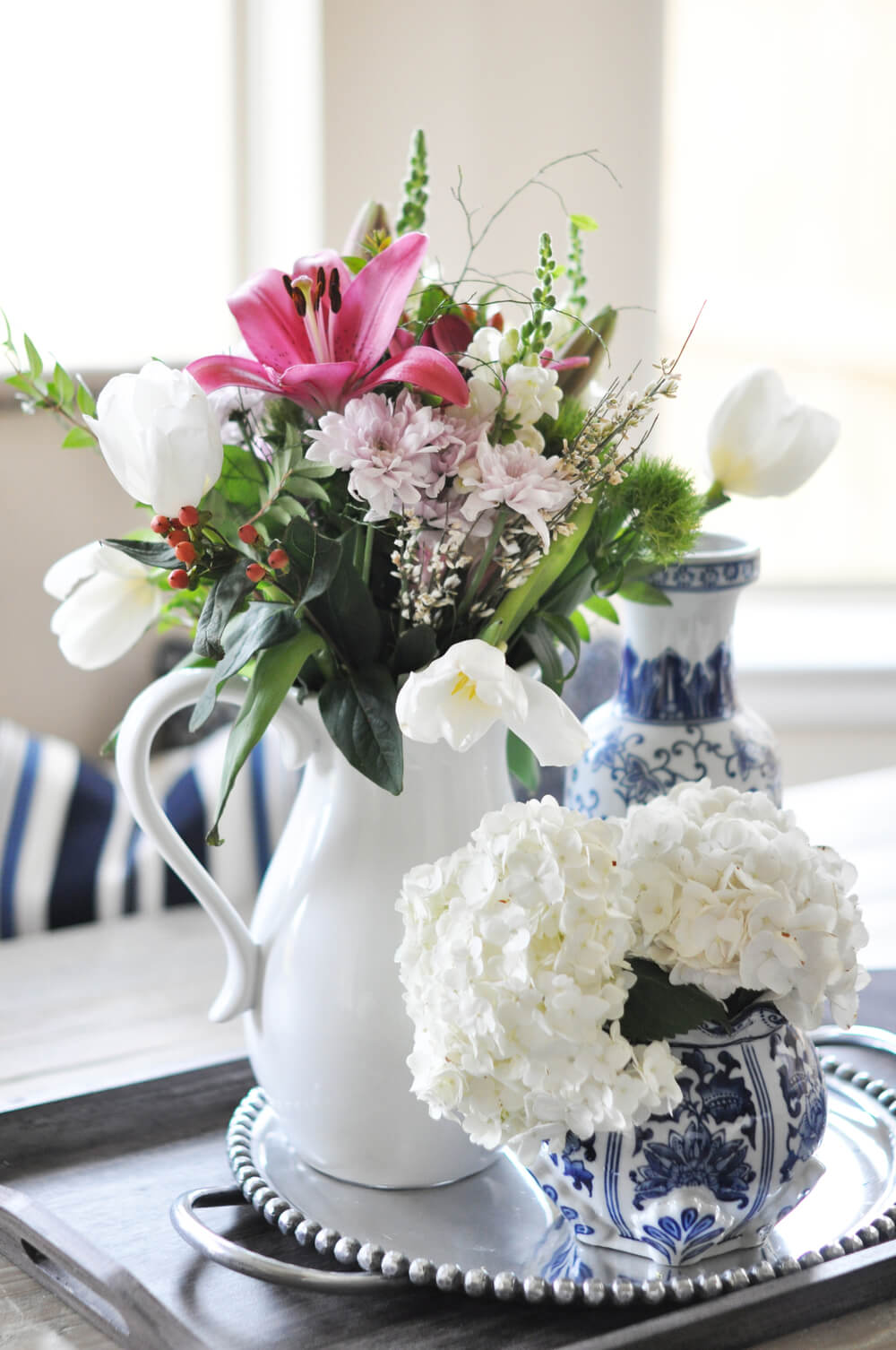 Best spring centerpiece ideas and designs for