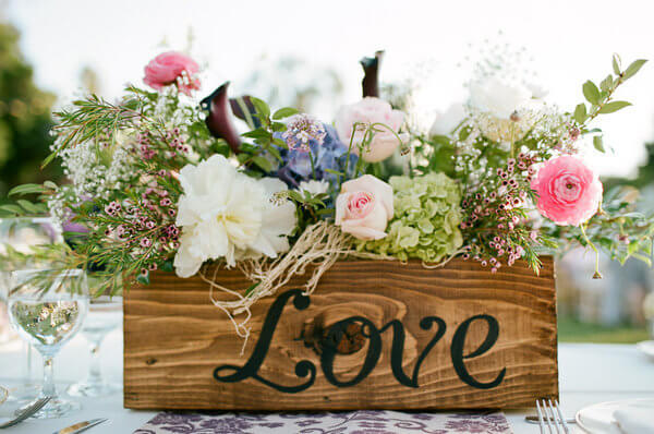 """Love"" Box with Old-Fashioned Flowers"