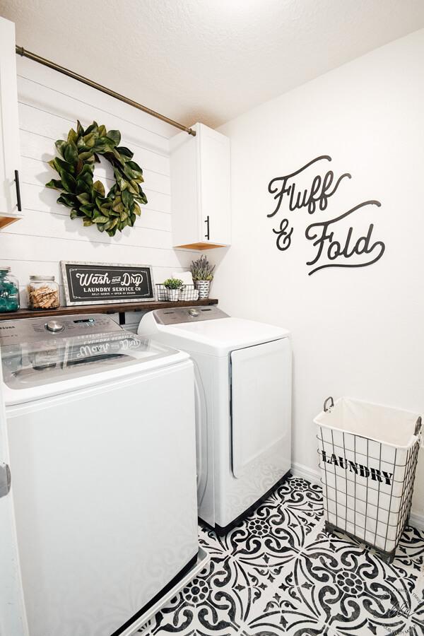 Fluff and Fold Farmhouse Laundry Room