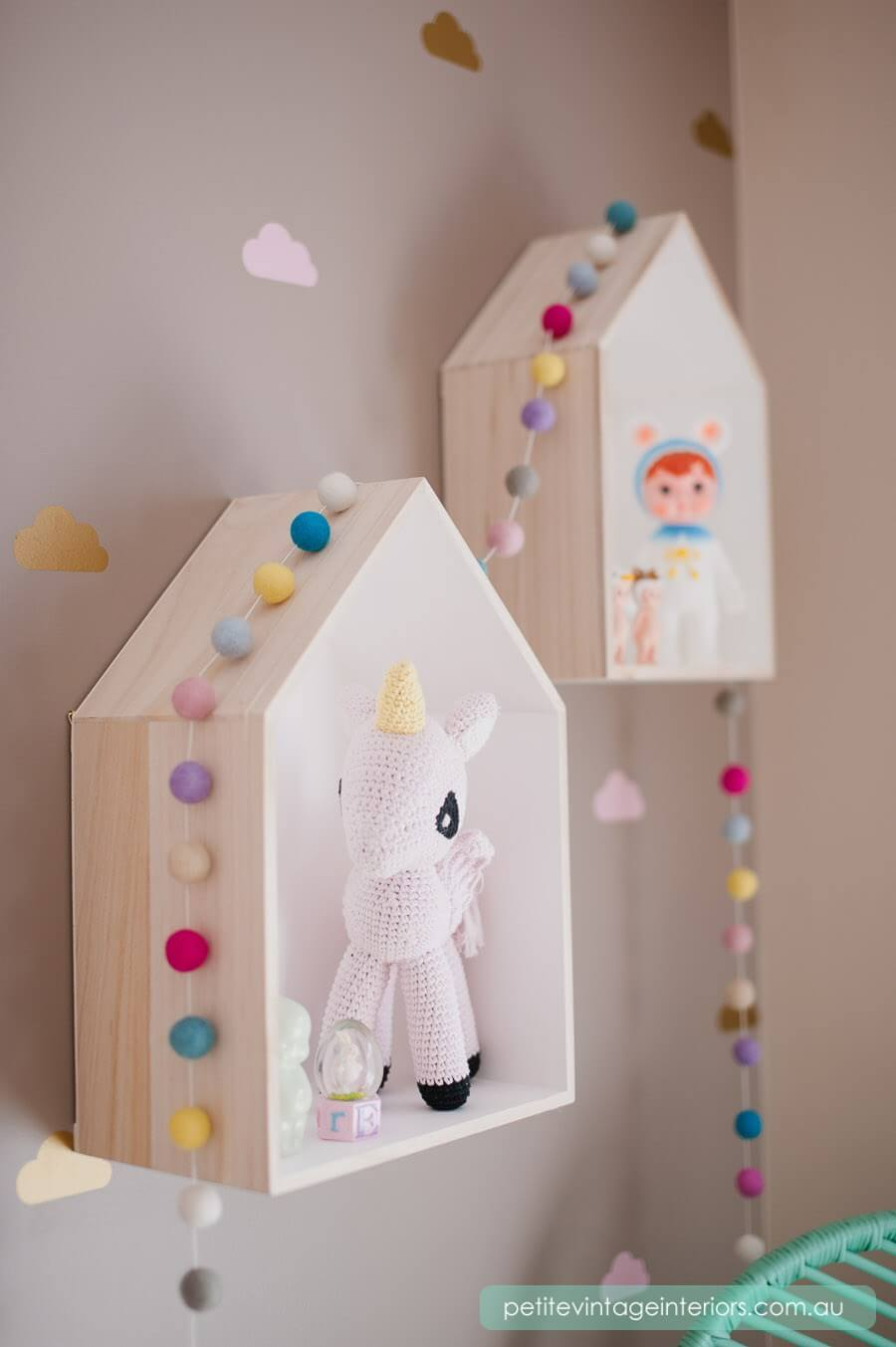 Floating House Shelves for Little Friends