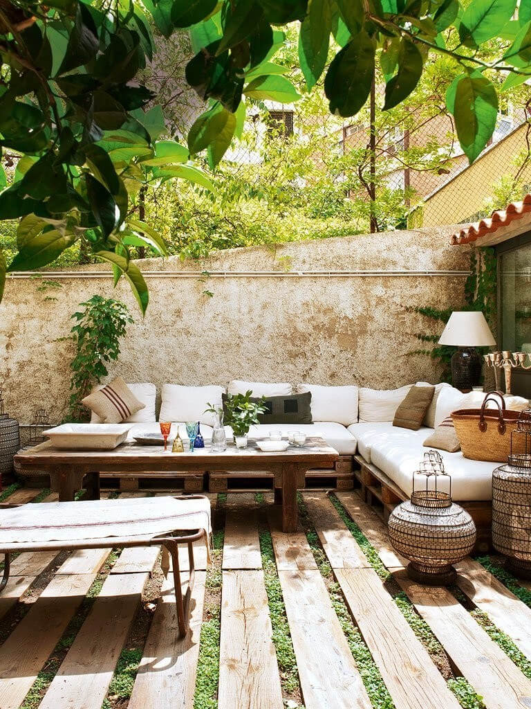 33 Best Outdoor Living Space Ideas and Designs for 2020 on Premium Outdoor Living id=39137