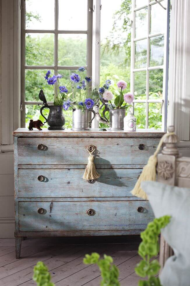 Reclaimed Chest of Drawers with Wildflowers