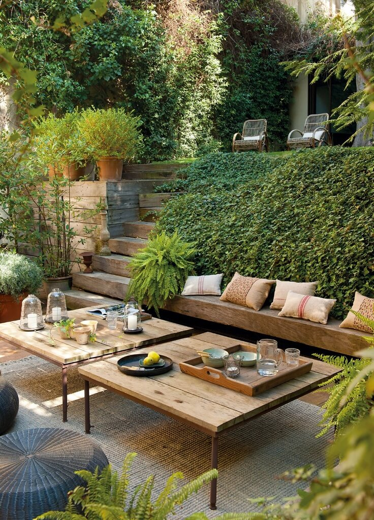 Relaxing Outdoor Living Spaces with Greenery