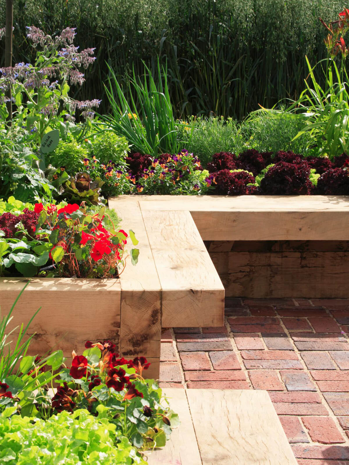 Smooth Wooden Garden Bench Edge