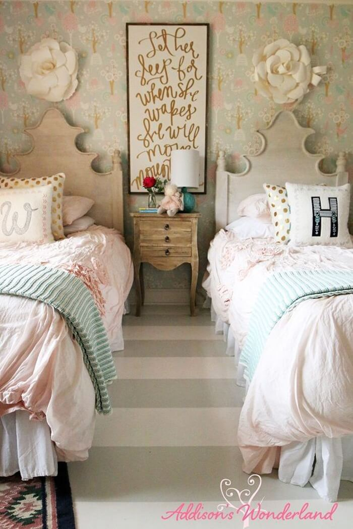 Warm And Cozy Twin Beds For Sisters Homebnc