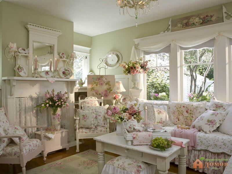 Superb Shabby Chic Living Room Design And Decor Idea With Pink Roses Nice Ideas