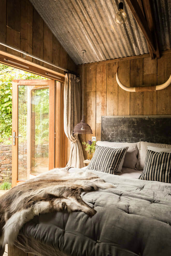 rustic bedroom design ideas | 26 Best Rustic Bedroom Decor Ideas and Designs for 2020