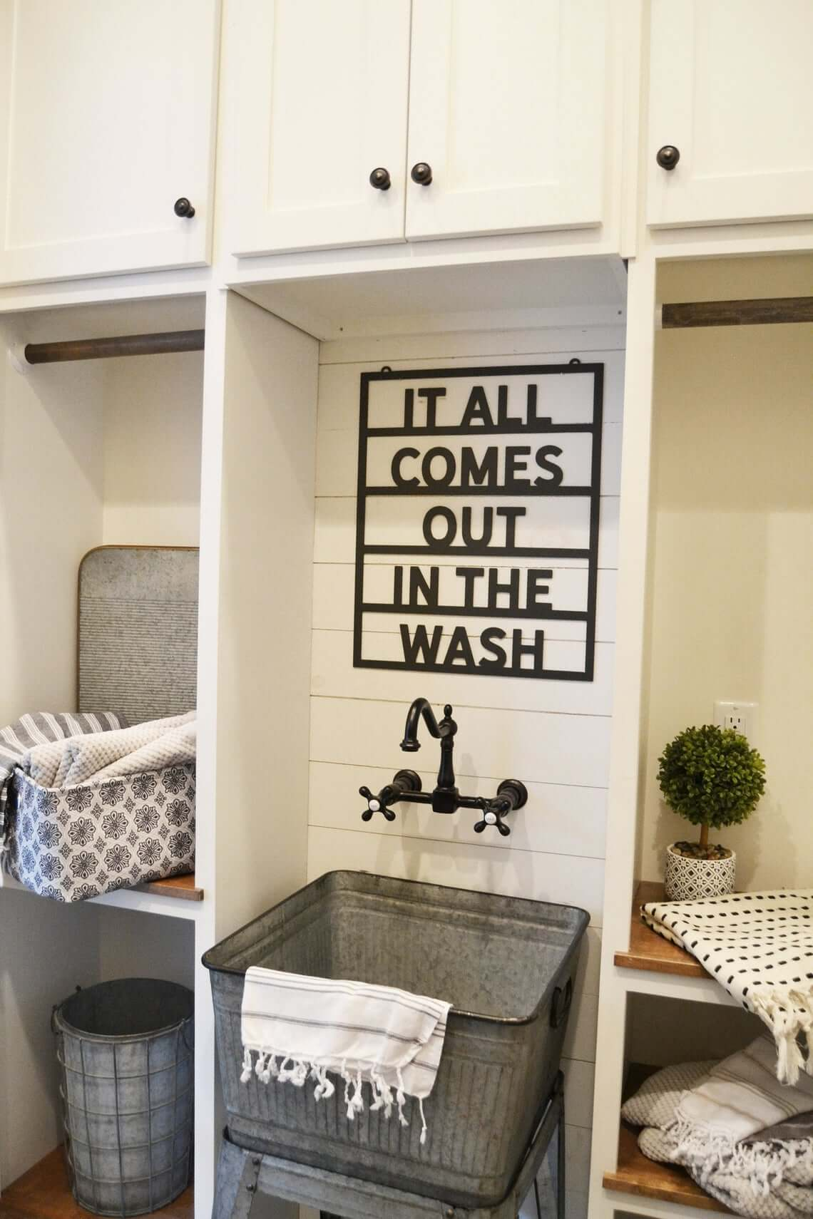 Fun Laundry Sign and Metal Wash Tub