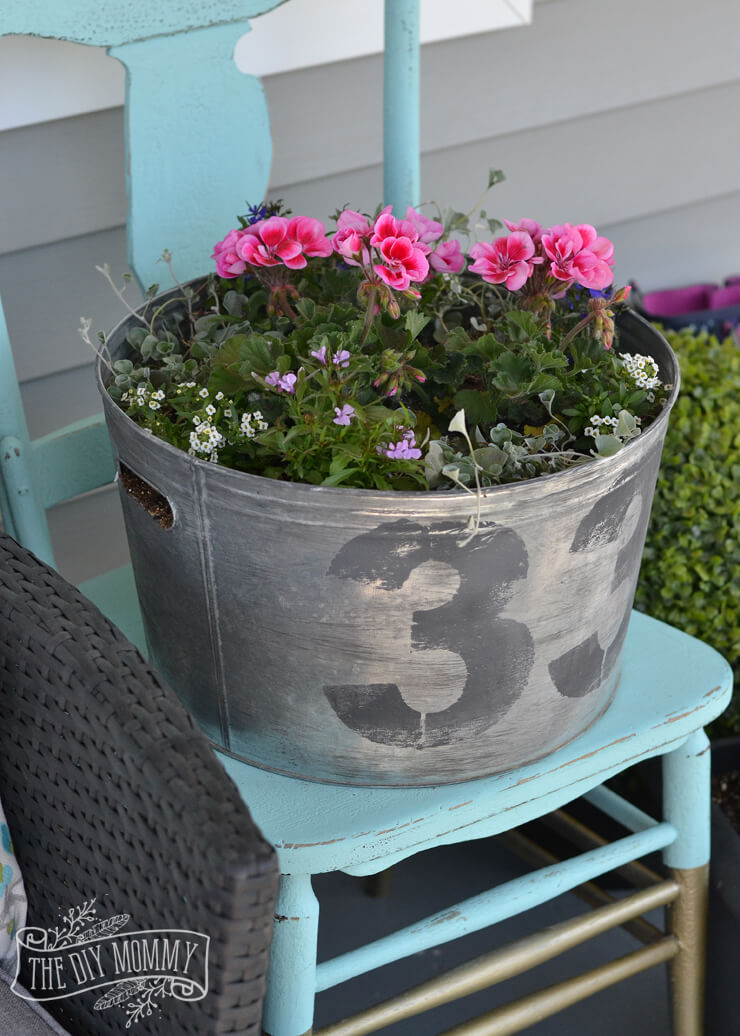 Reclaimed Washtub with a Pretty Arrangement