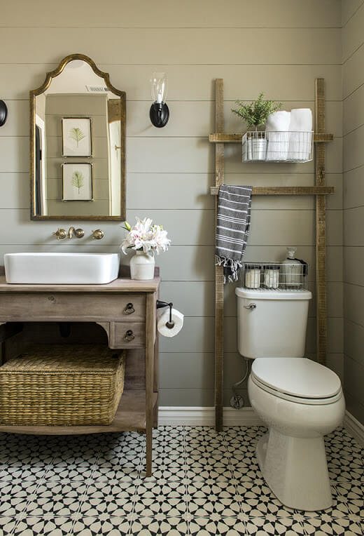 Rustic Wooden Bathroom Storage Ladder