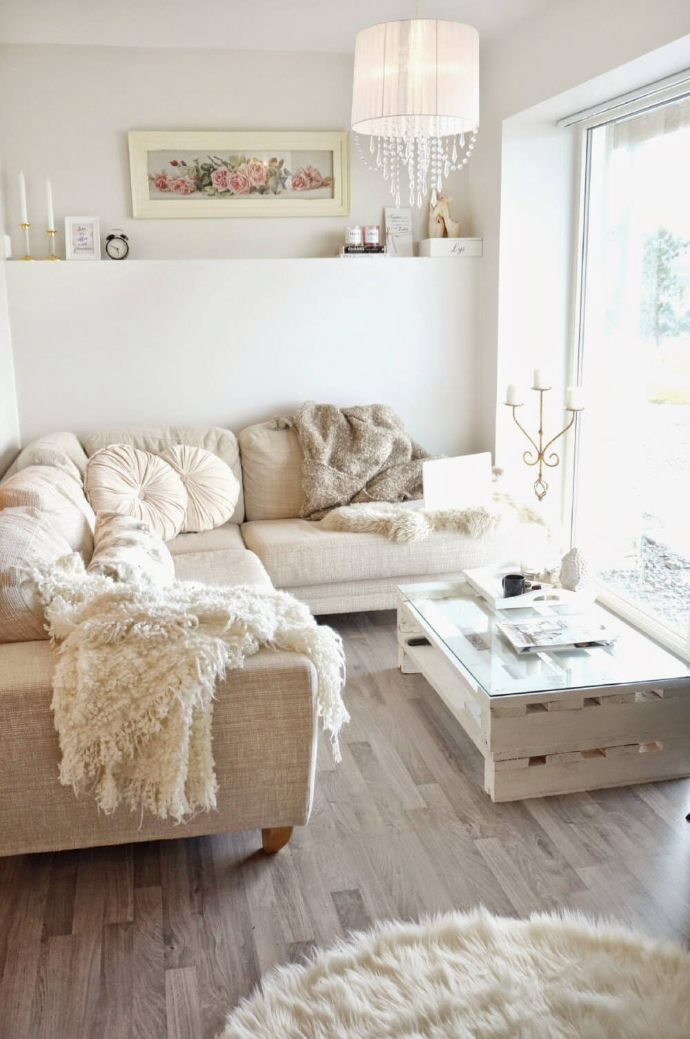 Light Colors Make the Room Look Larger