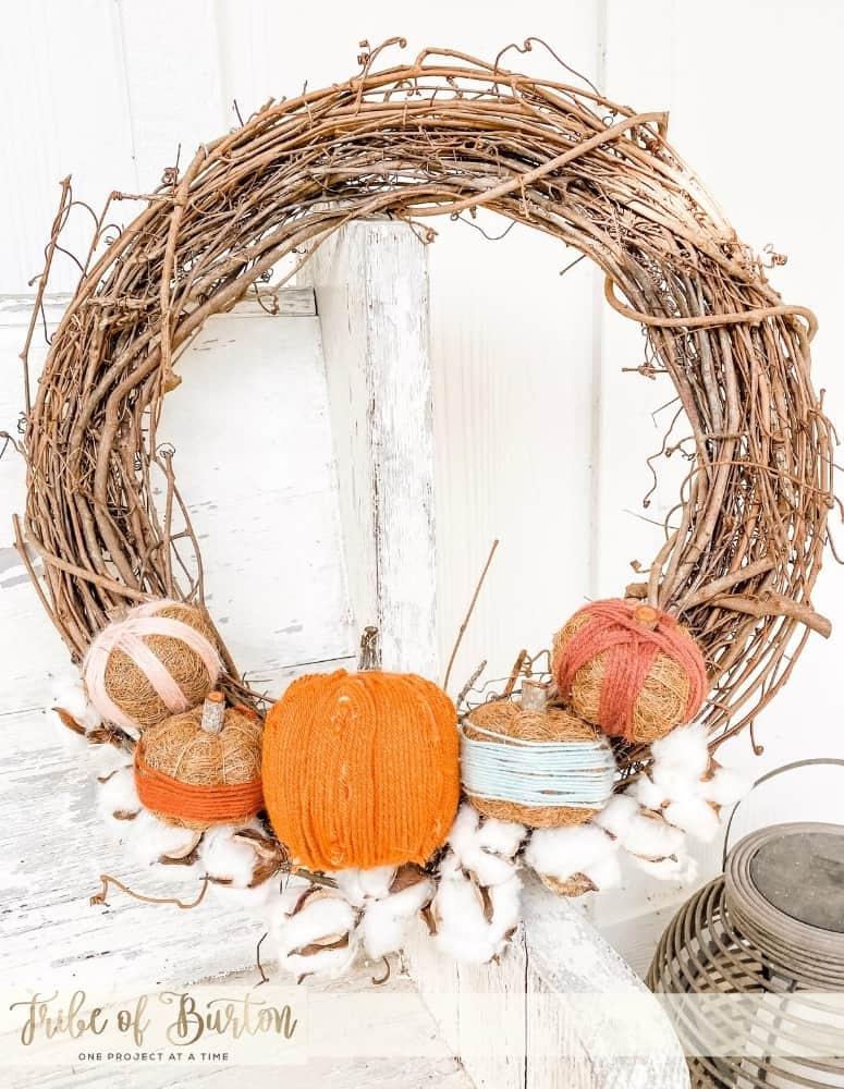 Wooded Pumpkin Wreath on a Cotton Bed