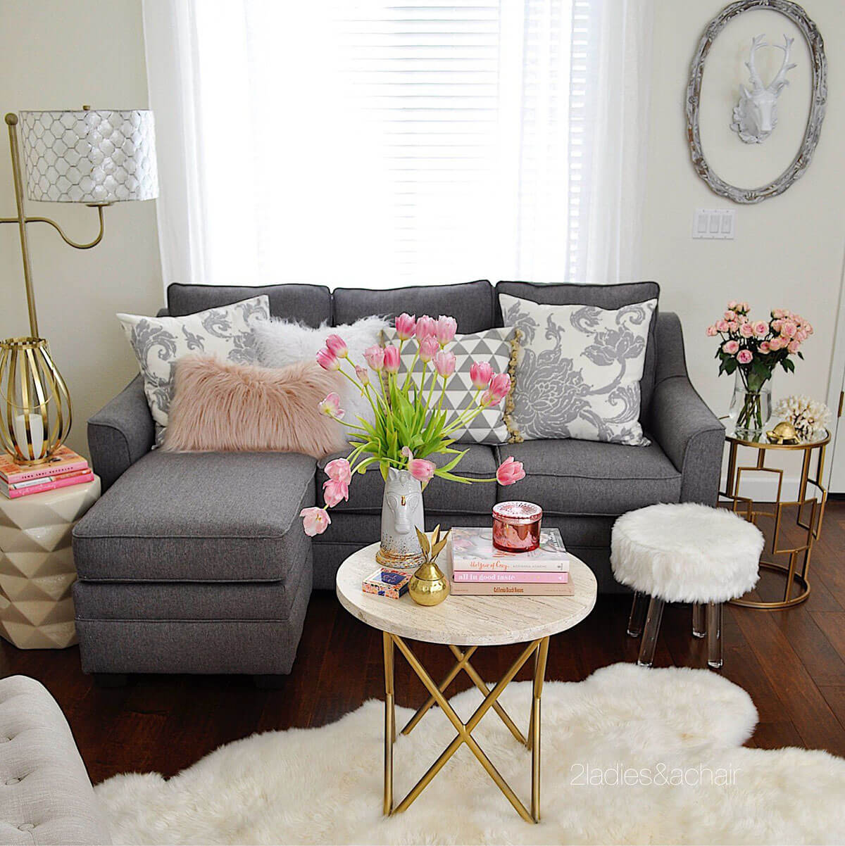 25 best small living room decor and design ideas for 2019 - How to decorate a gray living room ...