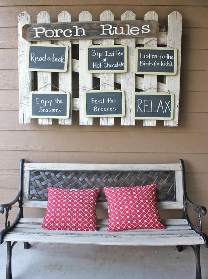 Picket Fence Sign with Chalkboard Accents