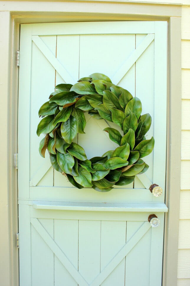 Simple Wreath with Green Leaves