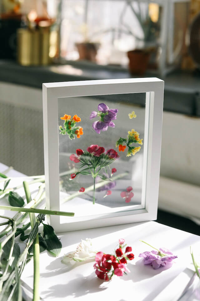 Glass Framed Pressed Fresh Flowers