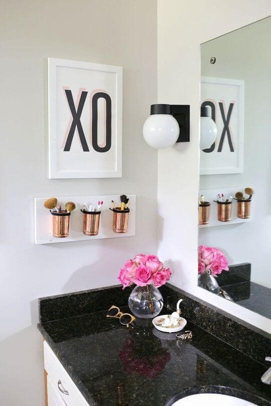 8. Hanging Flower Pot Wall Art