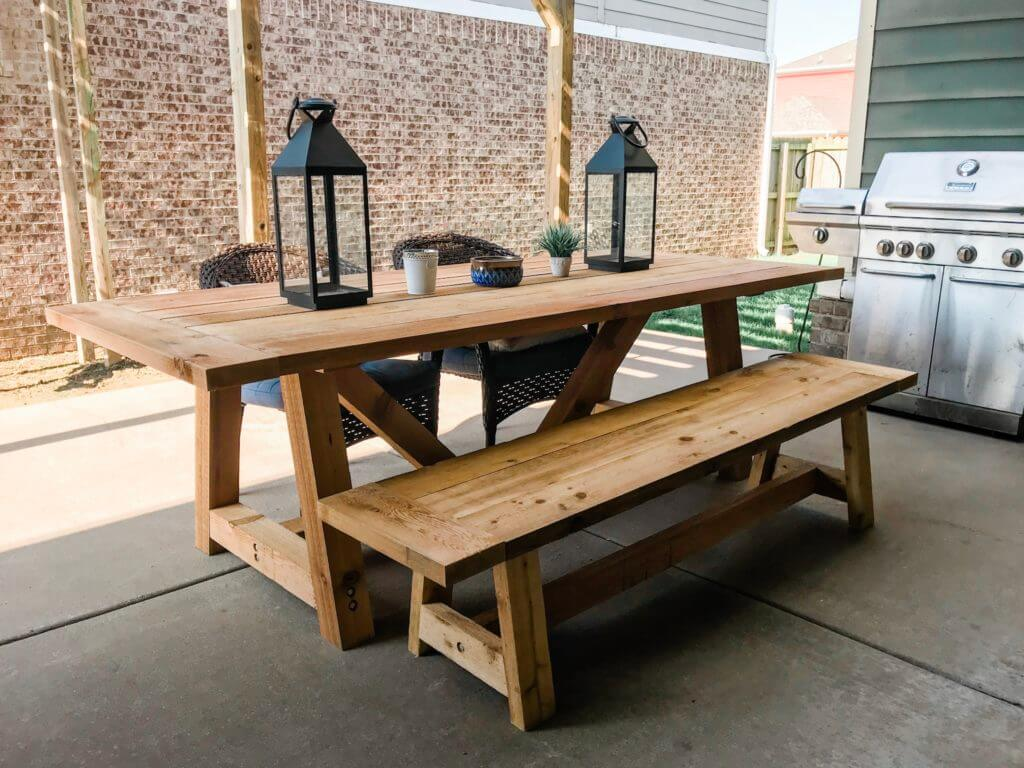 Gorgeous Kitchen Table with Benches