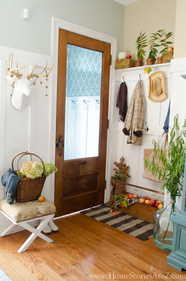 28 Best Small Entryway Decor Ideas And Designs For 2020