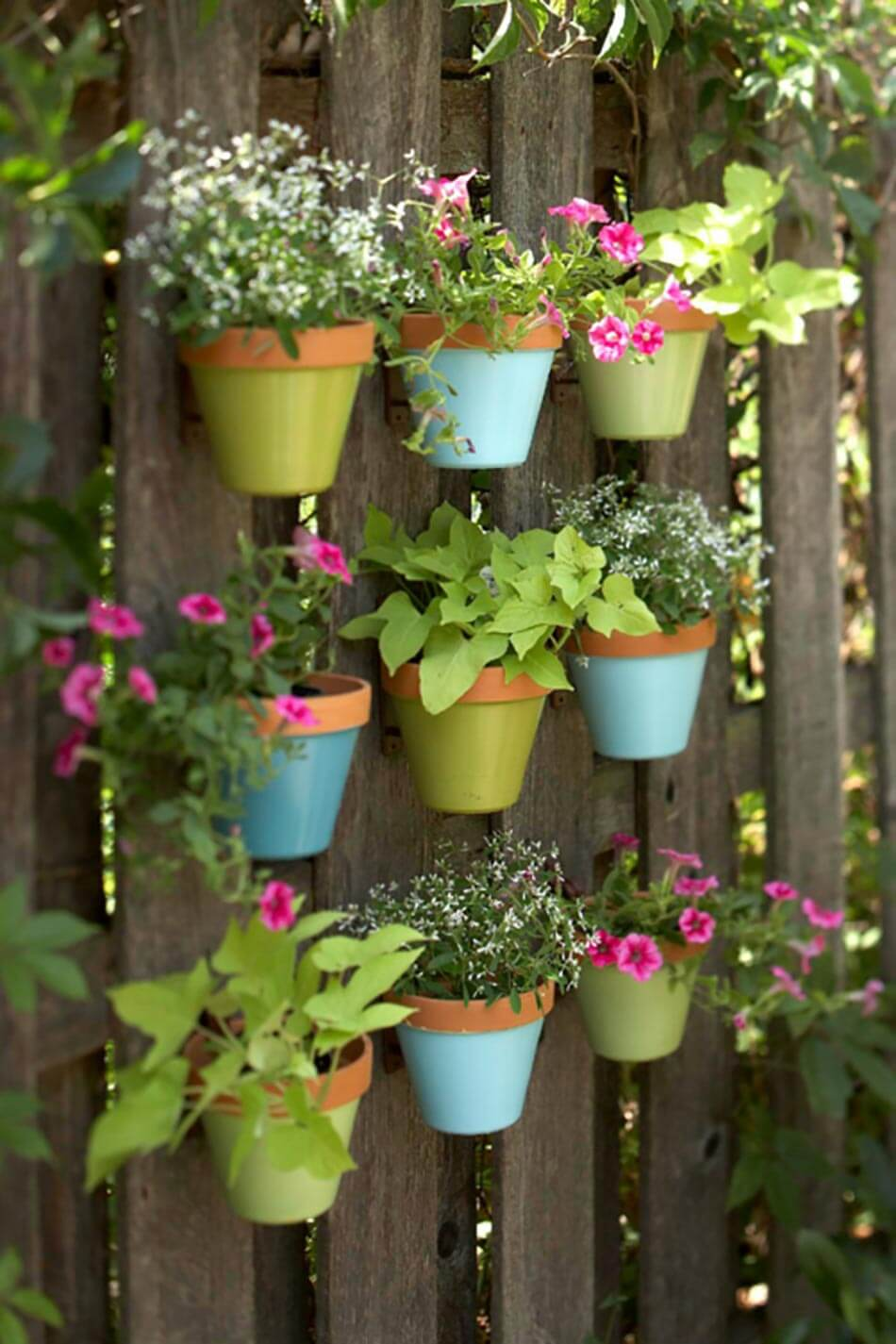 Exceptionnel Garden Fence Decoration Idea With Wall Planters