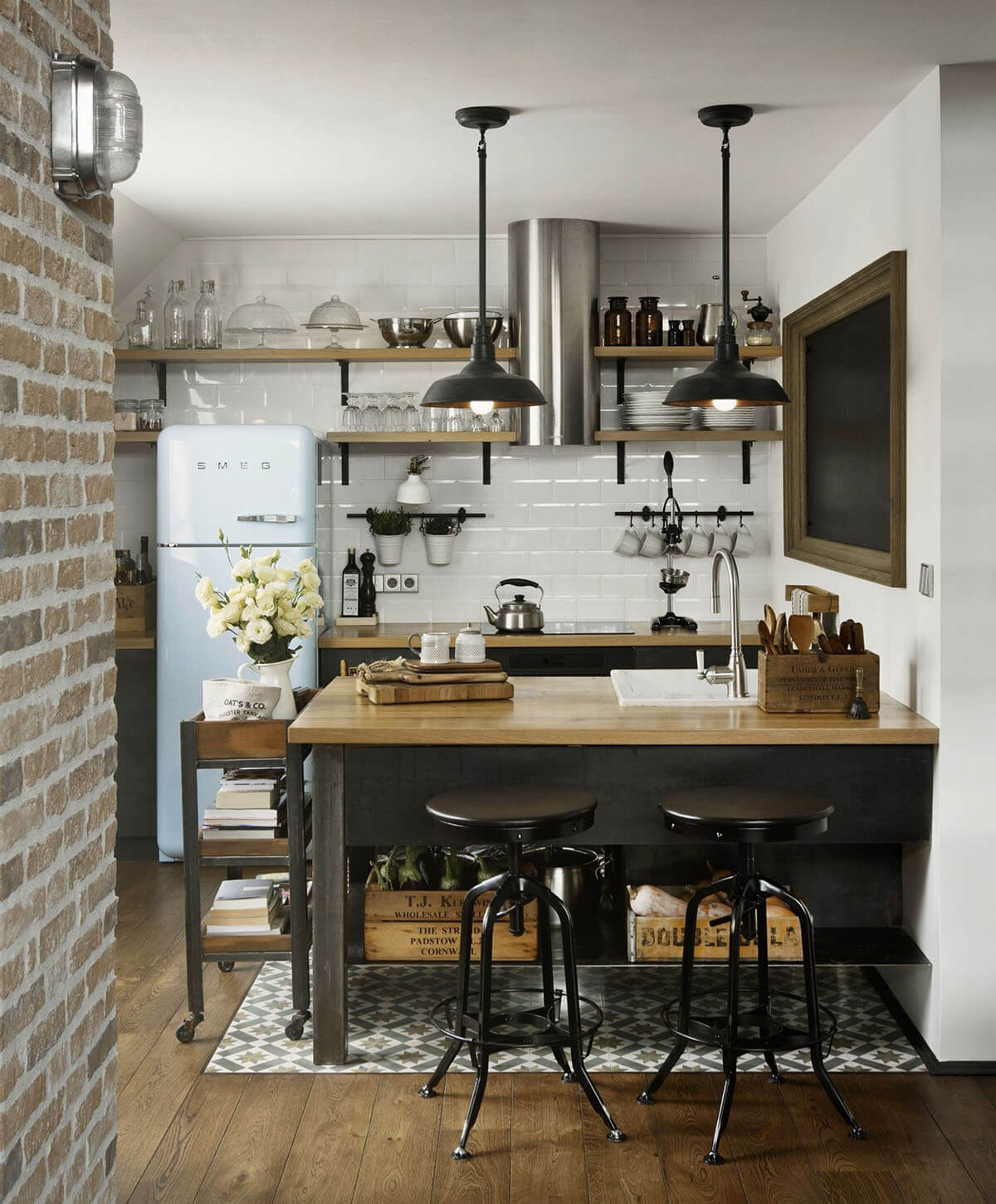 30 Best Small Kitchen Decor And Design Ideas For 2020