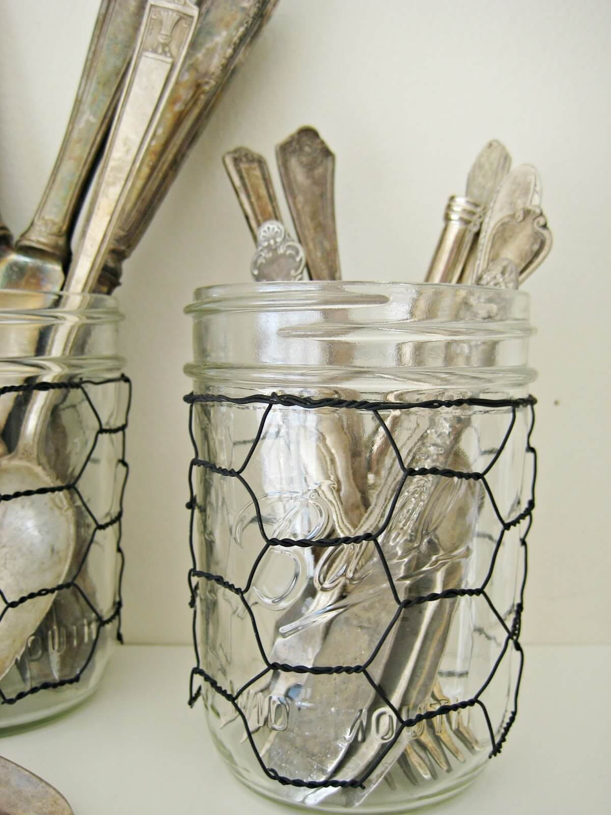 32 best kitchen wire diy projects and ideas for 2018 for Chicken wire craft ideas
