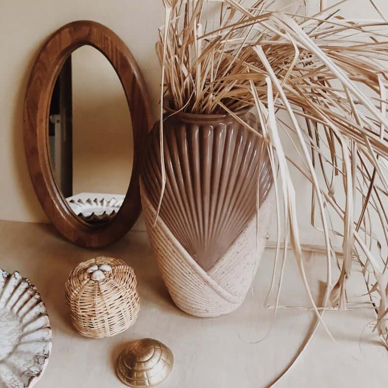 Two-Tone Vintage Shell Vase