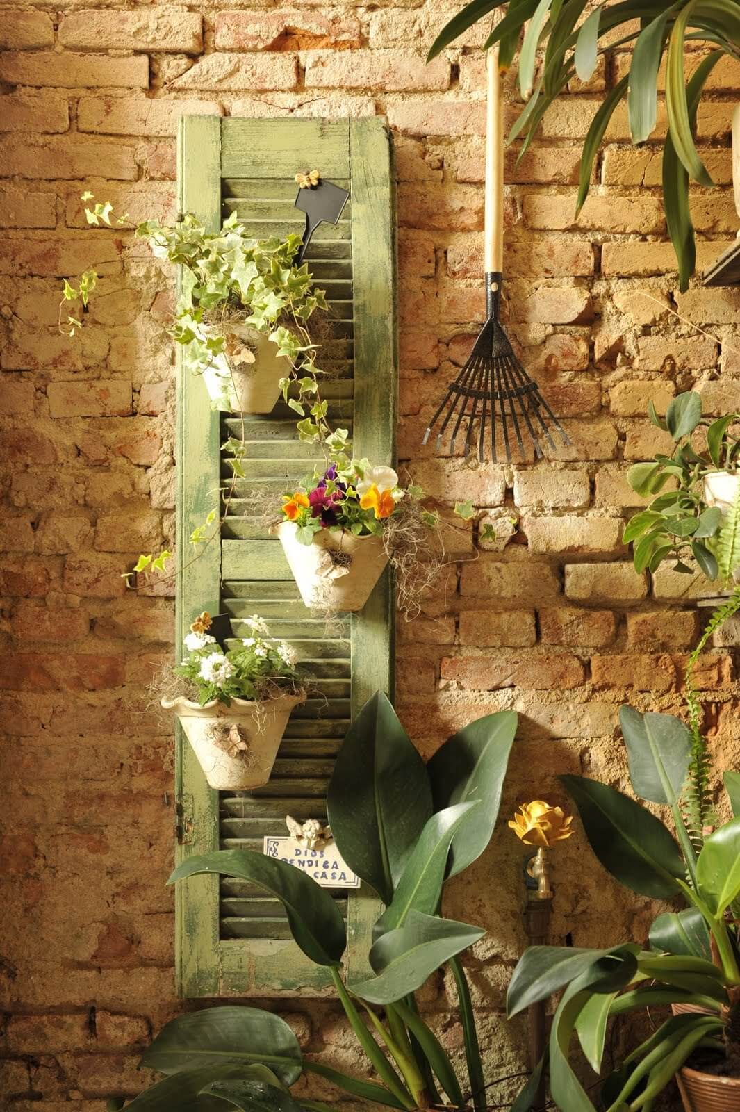 38 Best Old Shutter Outdoor Decor Ideas and Designs for 2019 on Outdoor Garden Wall Art Ideas id=46234