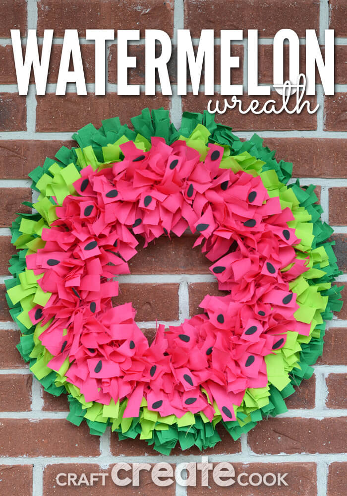 Cute Wreath in Shades of Watermelon