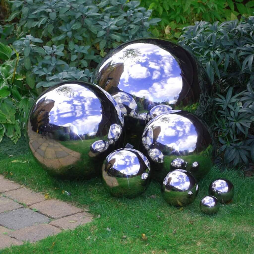 Amazing Chrome Finished Garden Balls