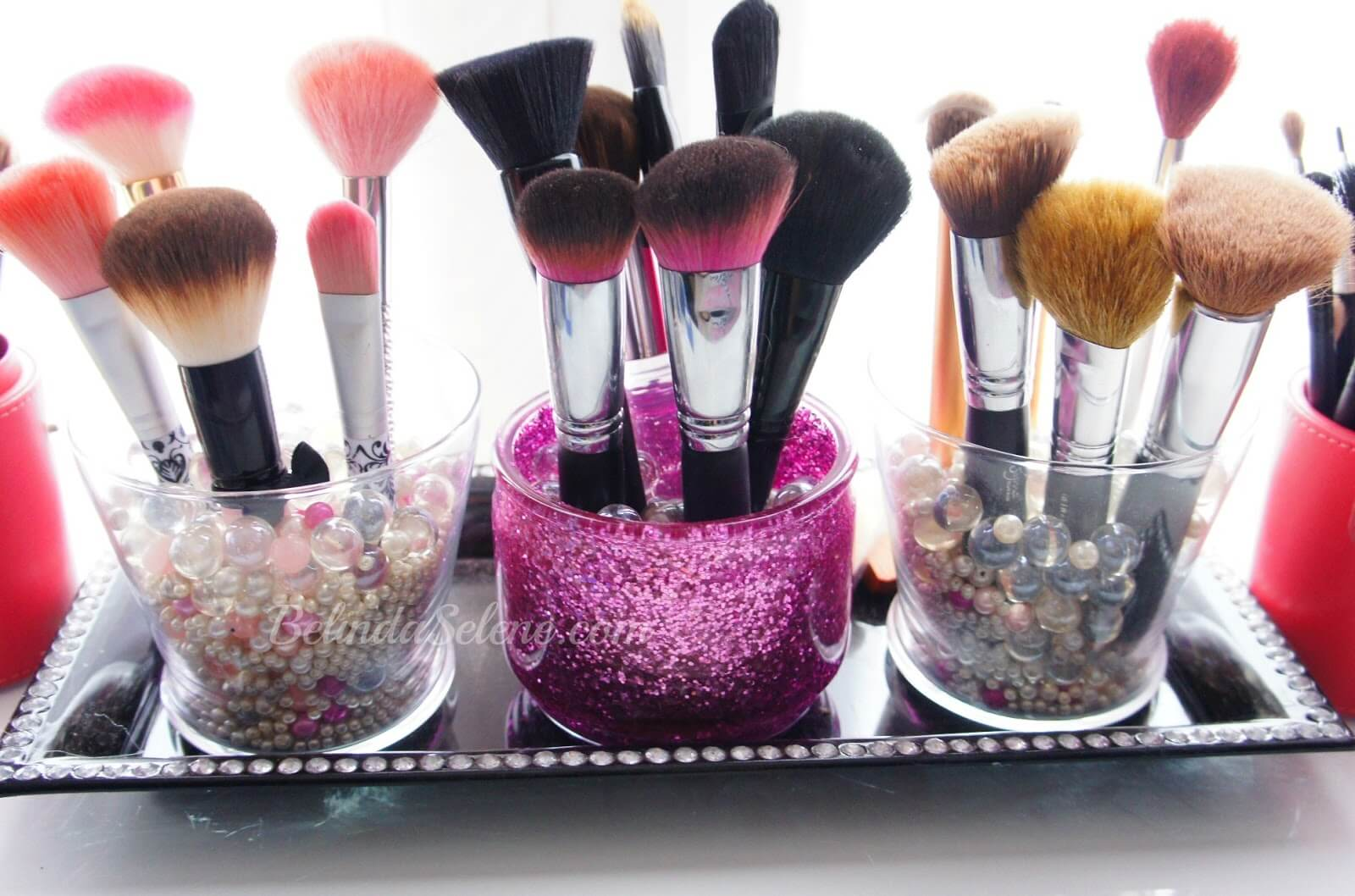 Glam-Tastic Makeup Brush Storage Tray