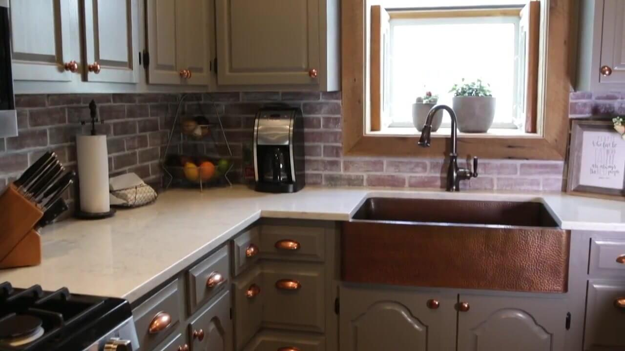 Farmhouse Kitchen Sink Idea with Copper