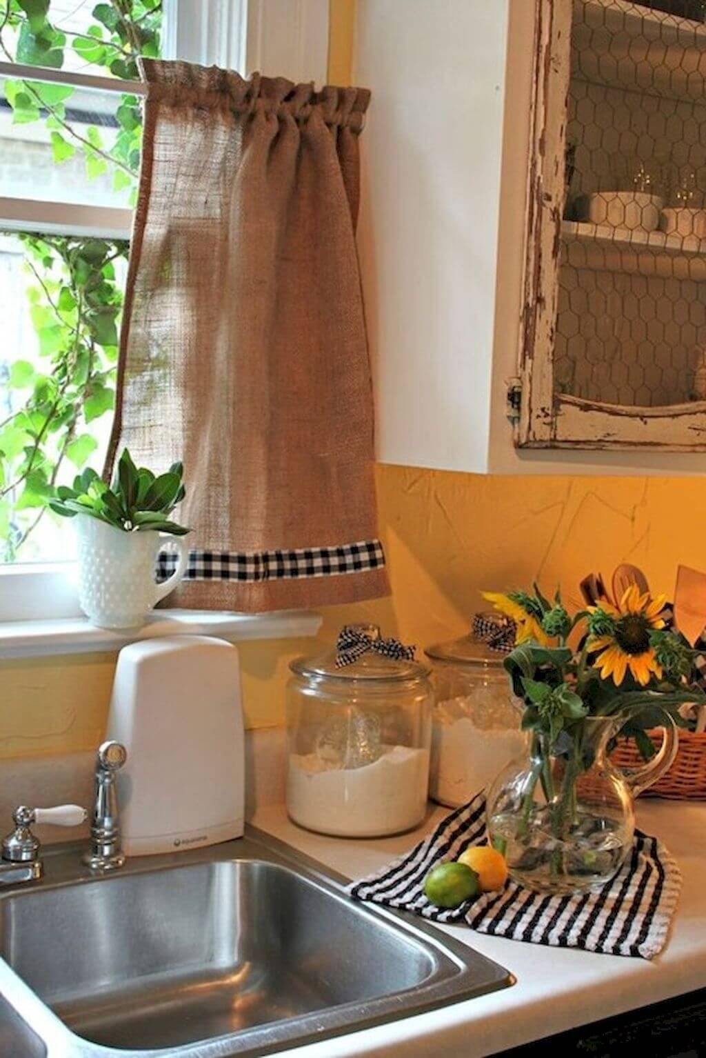 Cute Plaid Trimmed Café Curtains