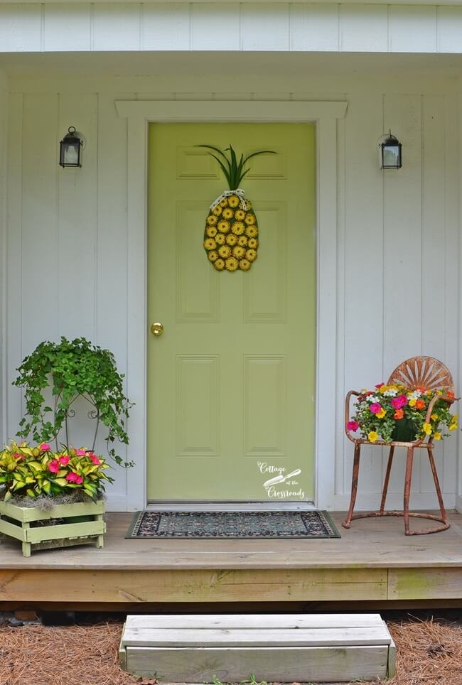 Summer Wreath Idea with Pineapples