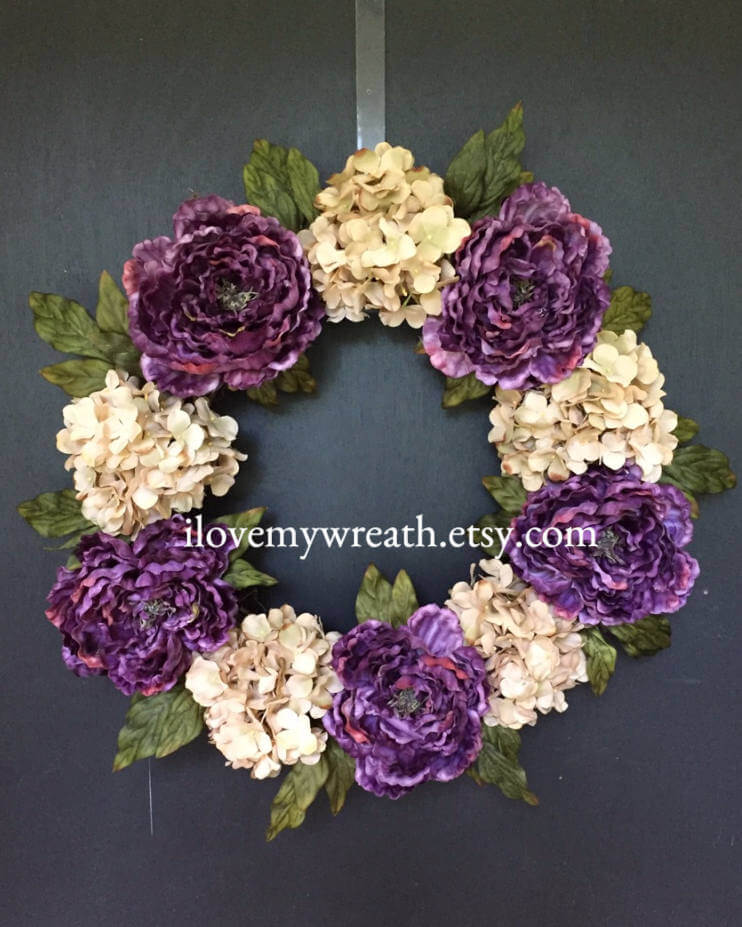 Gorgeous Hydrangea Wreath for a Fantastic First Impression
