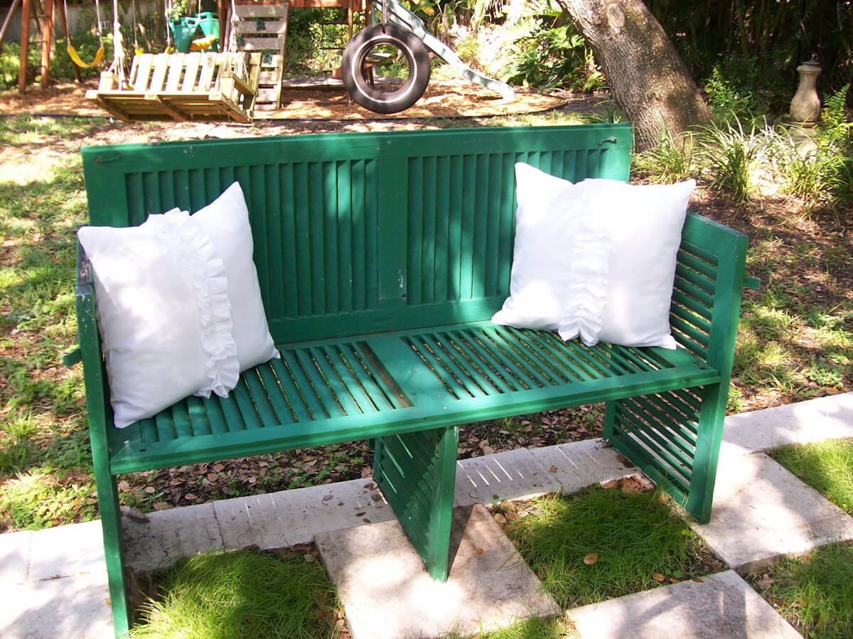 Make a Comfortable Garden Bench