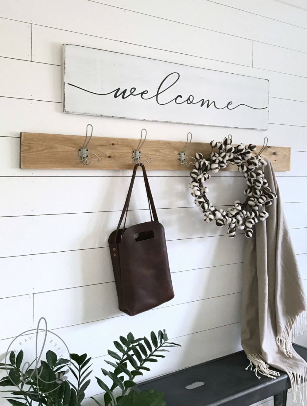 A Warm Welcome in Your Entryway