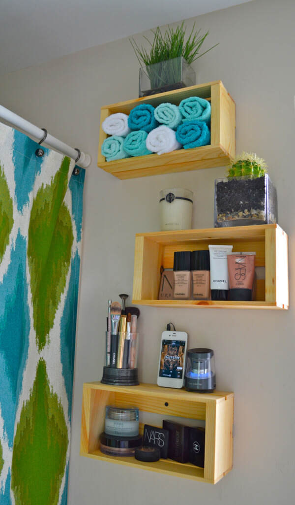 Fun Colors Make Standout Bathroom Organization
