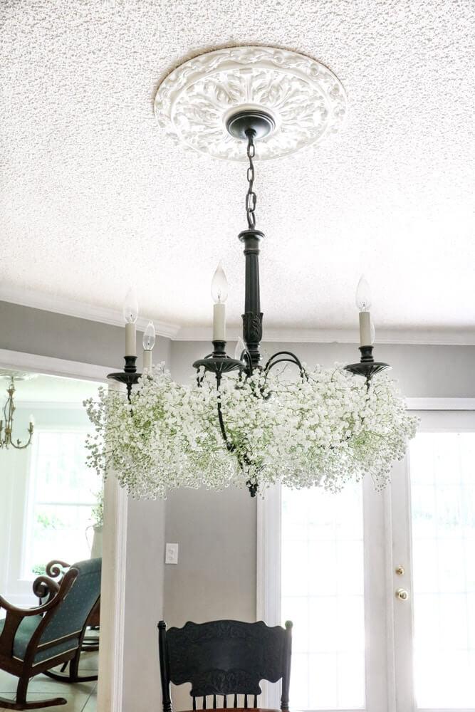 Unique Decorative Flower Chandelier Display