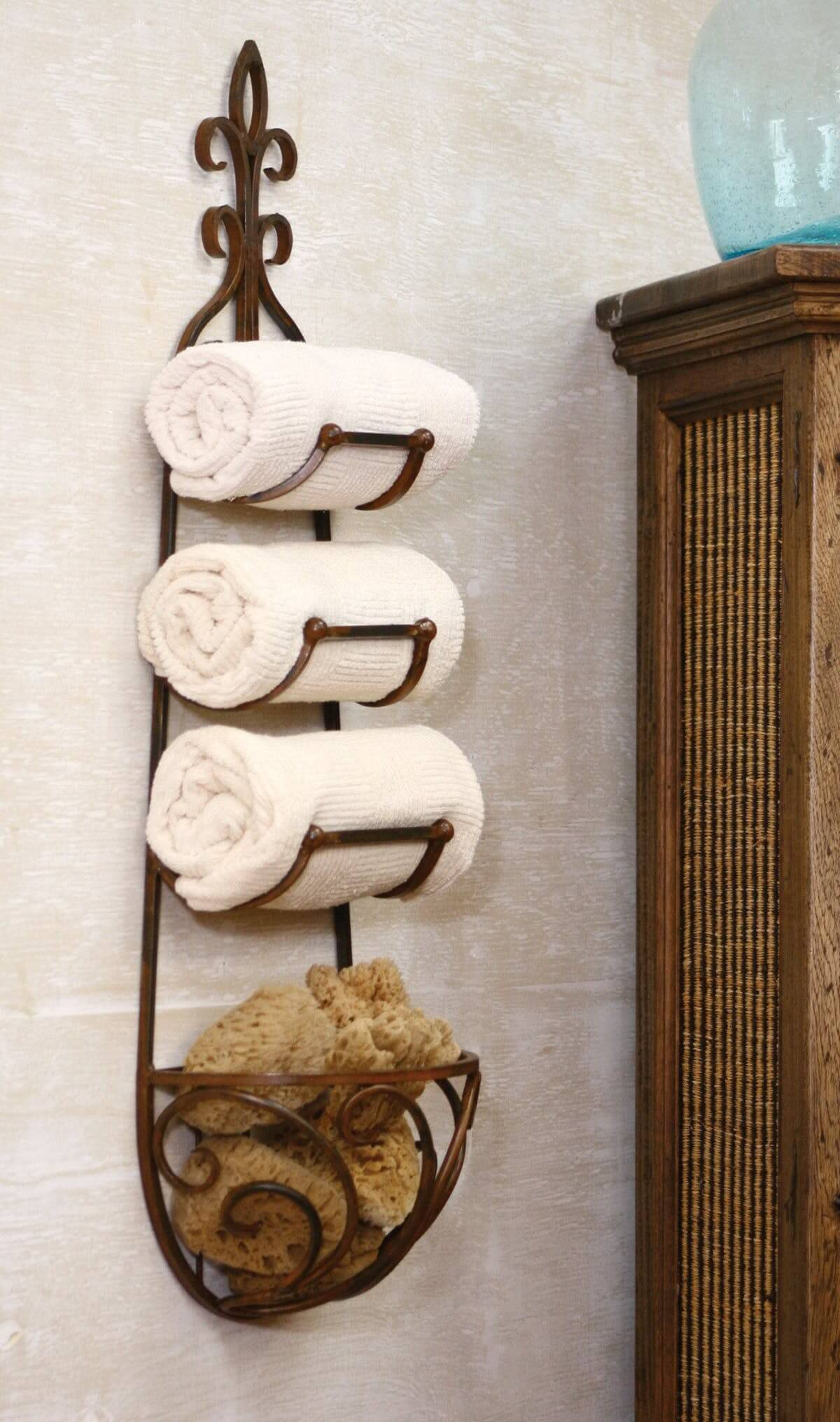 Tiered Towel Swinging Storage