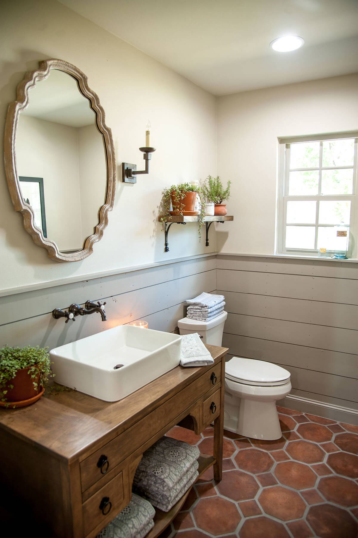 Bowl Sink Rustic Vanity with Storage