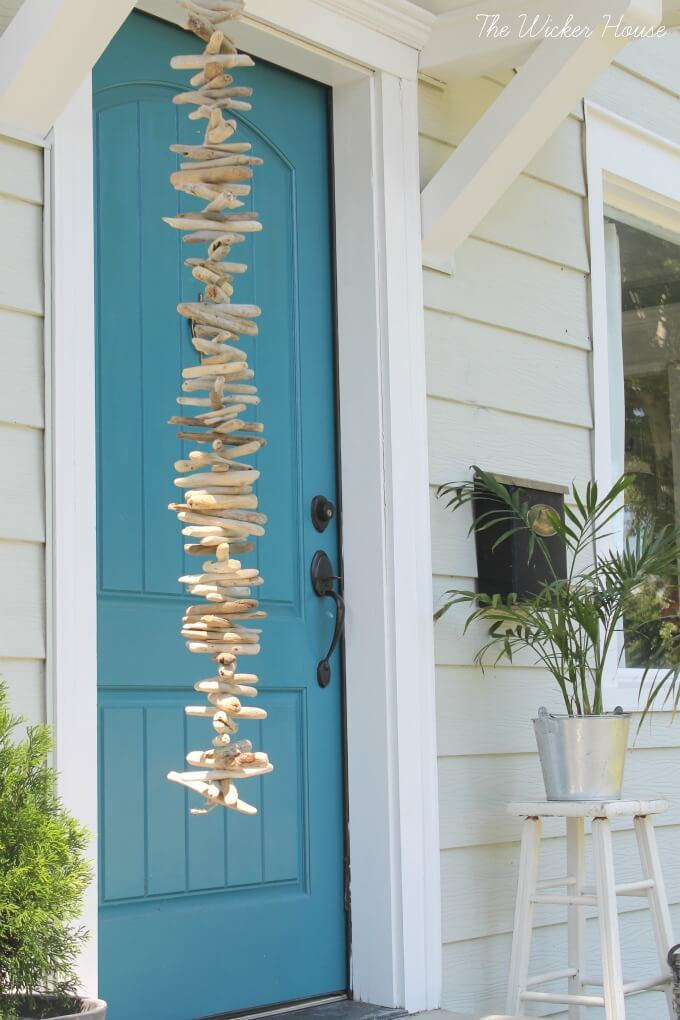 Minimalist DIY Driftwood Wind Chime Outdoor Art