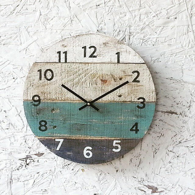 Beach House Clock Made with Reclaimed Wood