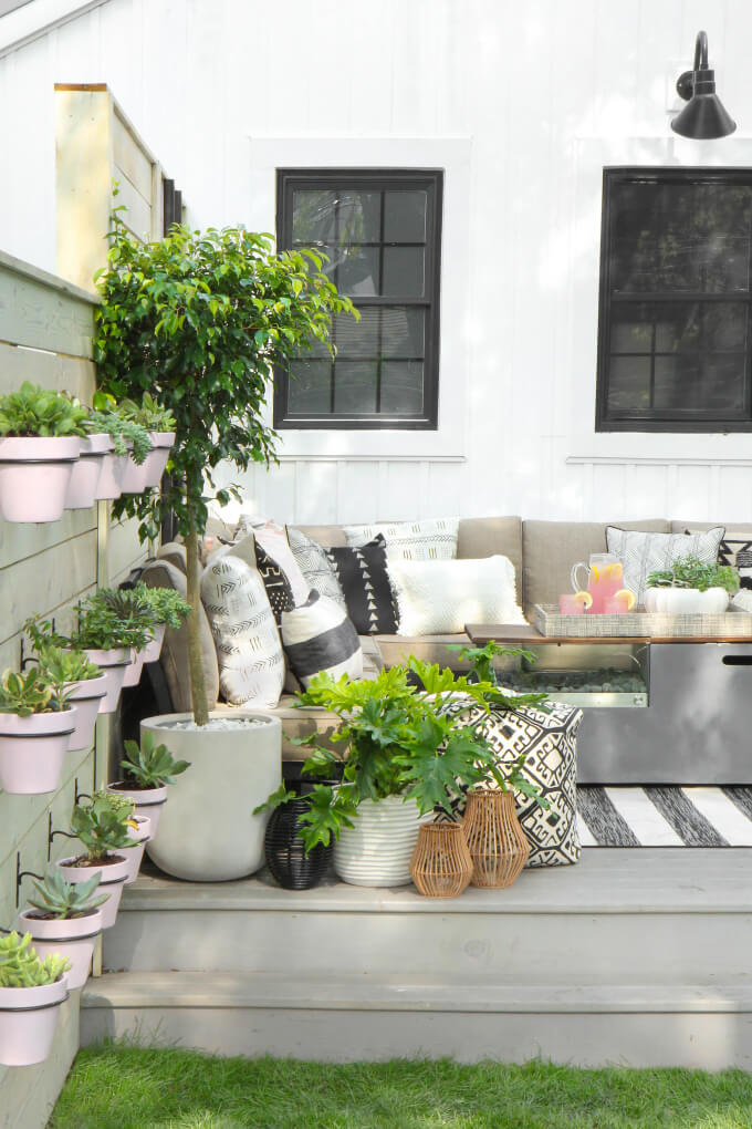 Sophisticated Farmhouse Style Outdoor Seating Area