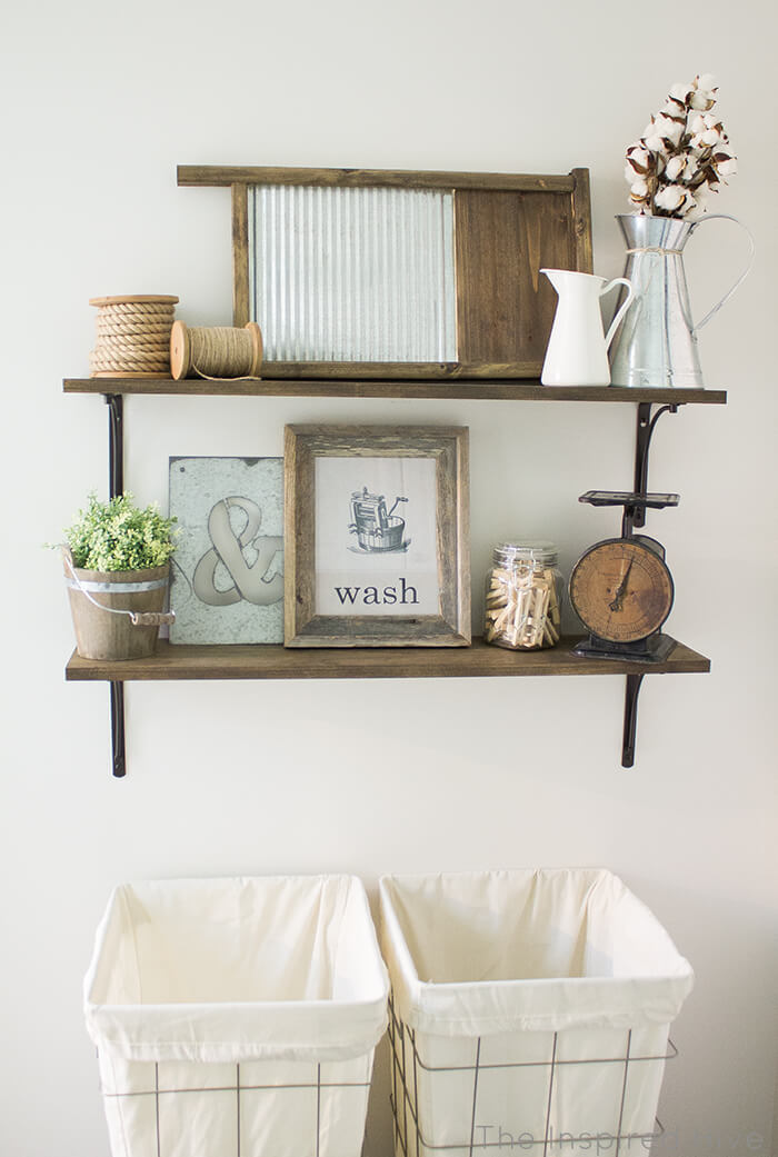 Rustic Chic Decor Options for the Closet Organizer