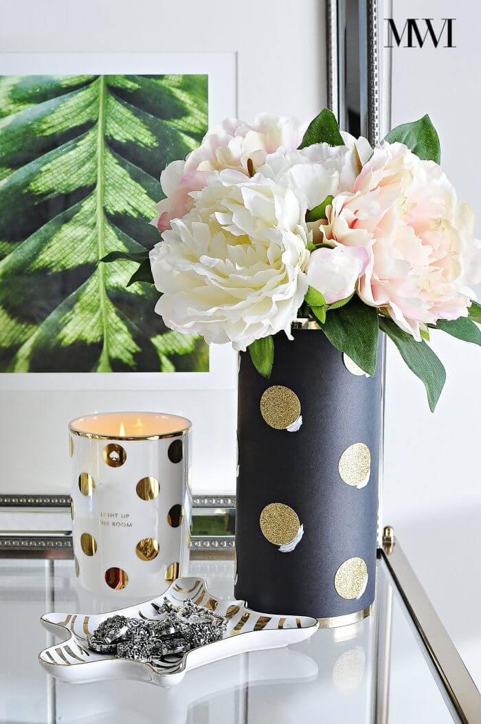 Chic Black and Gold Cylinder Vase