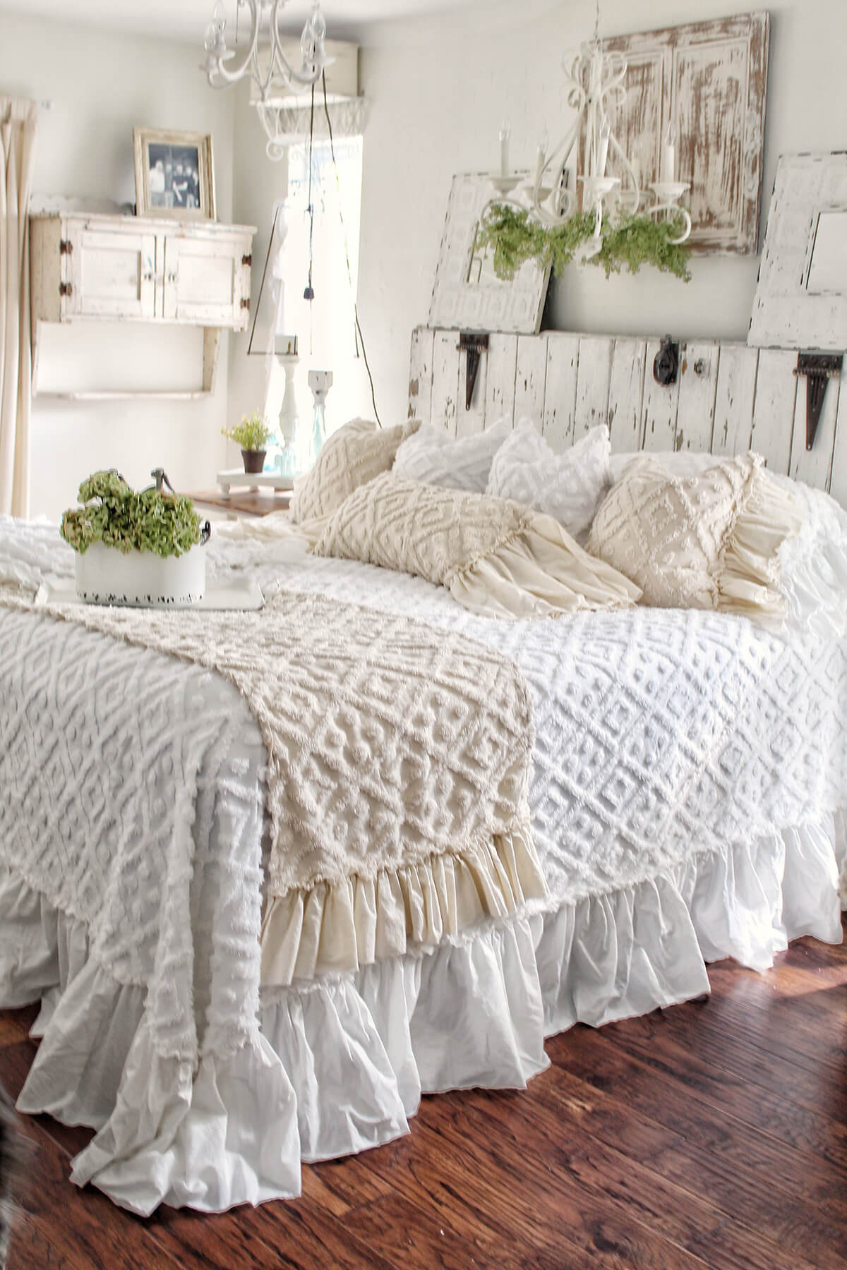 White Distressed Wood and Snuggly Chennile Linens