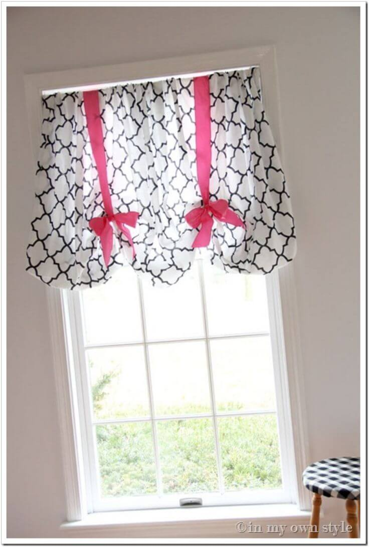 Tie Up Quatrefoil With Bold Bright Bows