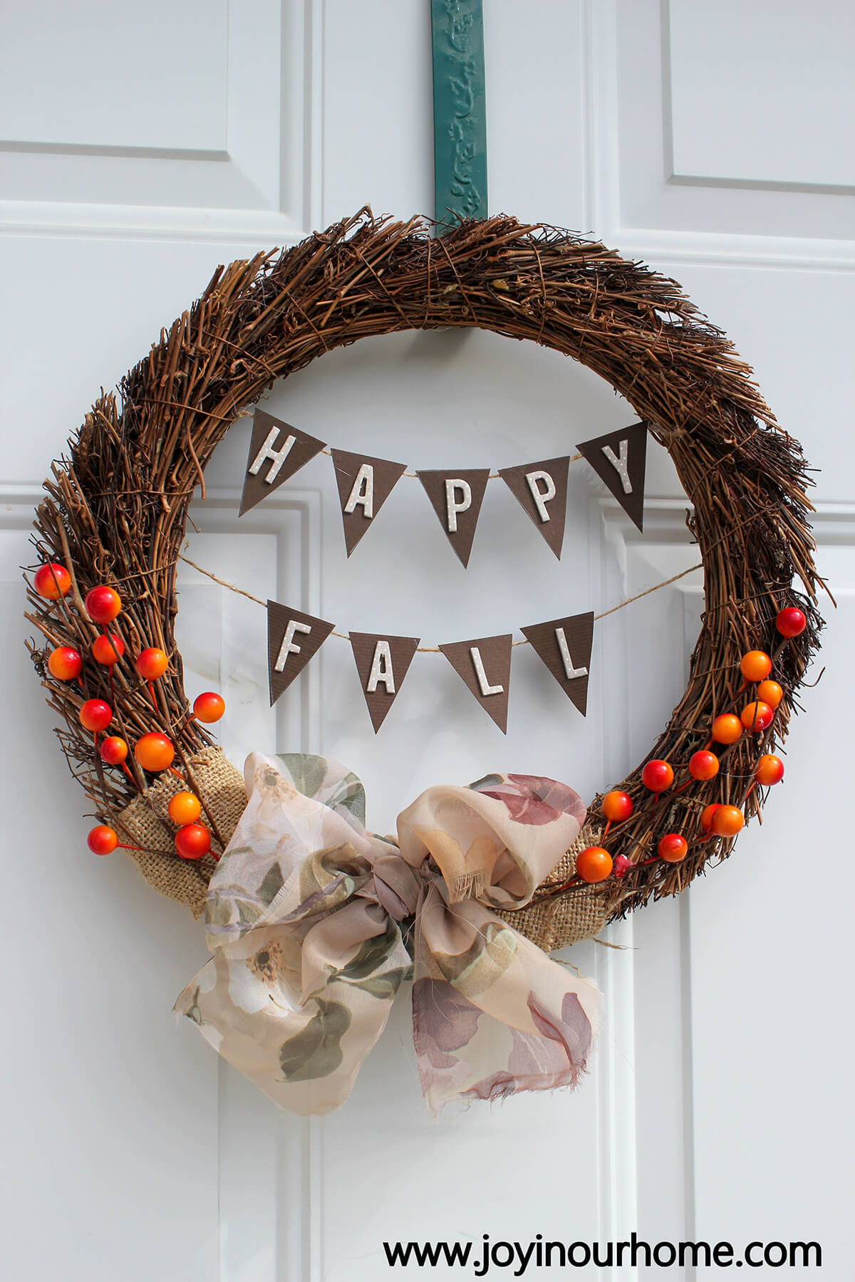 A Happy Fall Wreath Just for You