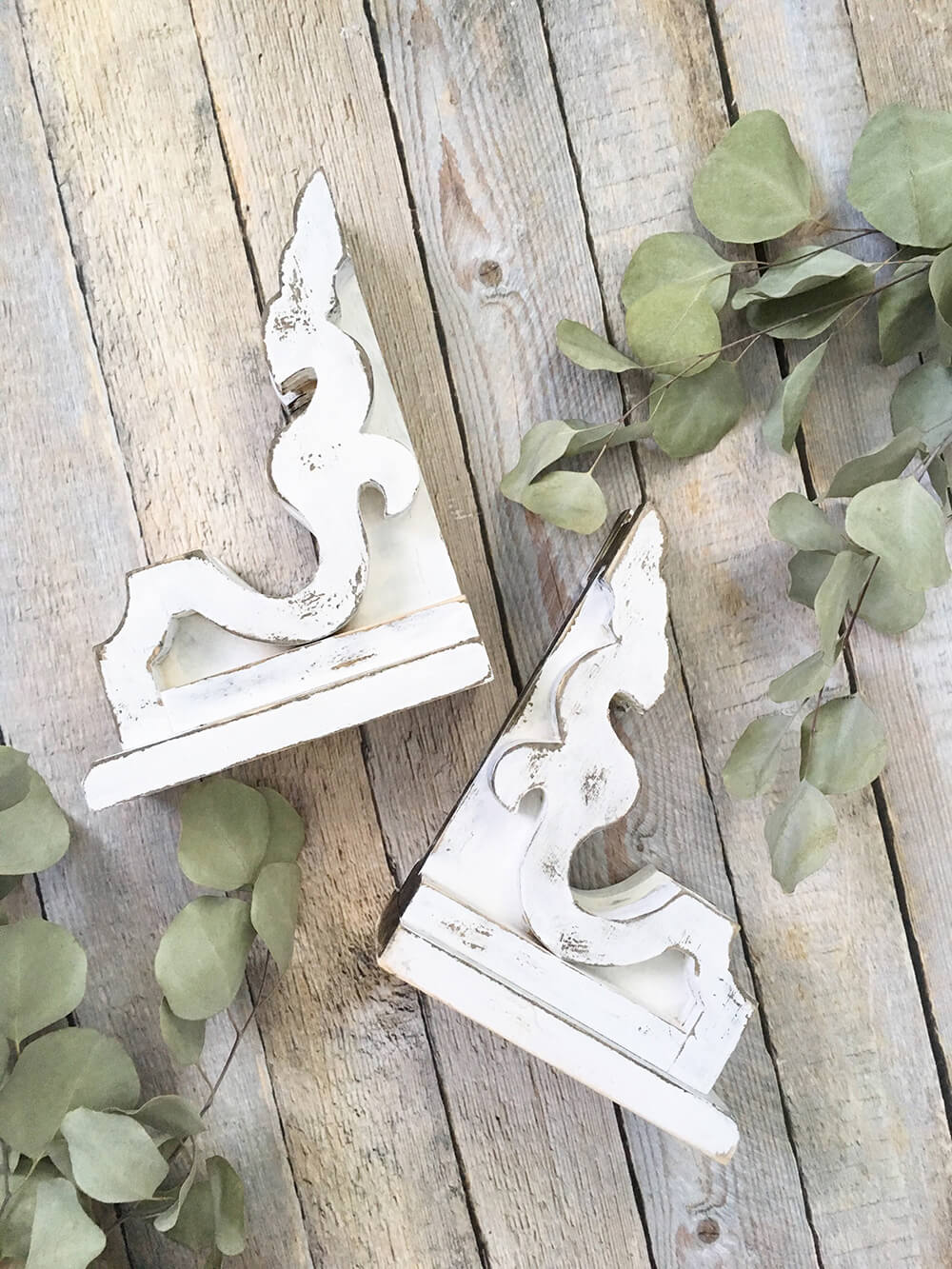 Whitewashed Corbels